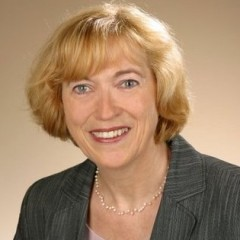 Ihre Ansprechpartnerin: Ursula Voßwinkel, Geschäftsführerin