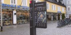 informationssäule über die Fußwege in Rosenheim